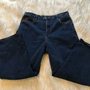 NYDJ crop size 10 dark wash bling pockets
